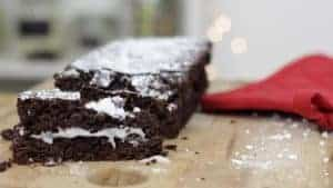 Sim's kitchenette brings us a sinfully rich chocolate log